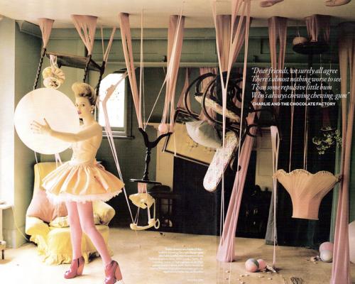 Série Tim Walker pour Vogue UK, décembre 2008, inspirée par l'univers de Roald Dahl