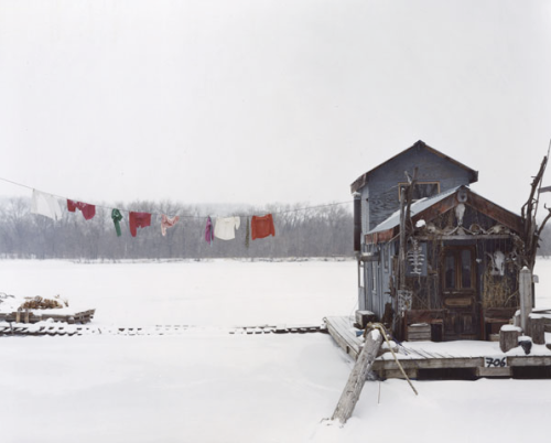 Alec Soth, Peter's Houseboat, Winona, Minnesota 2002