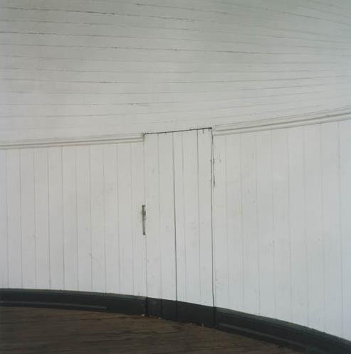 Anne Schwalbe, Holzwand, 2007