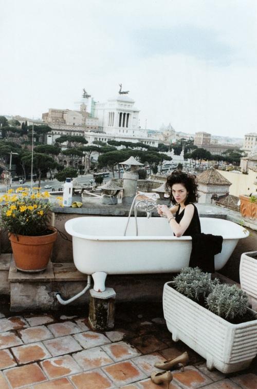 Juergen Teller et Maria Carla Boscono pour Paradis Magazine, été 2008